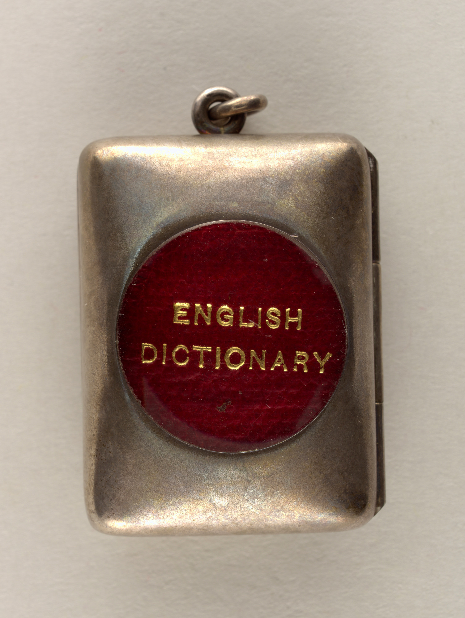 Locket with dictionary