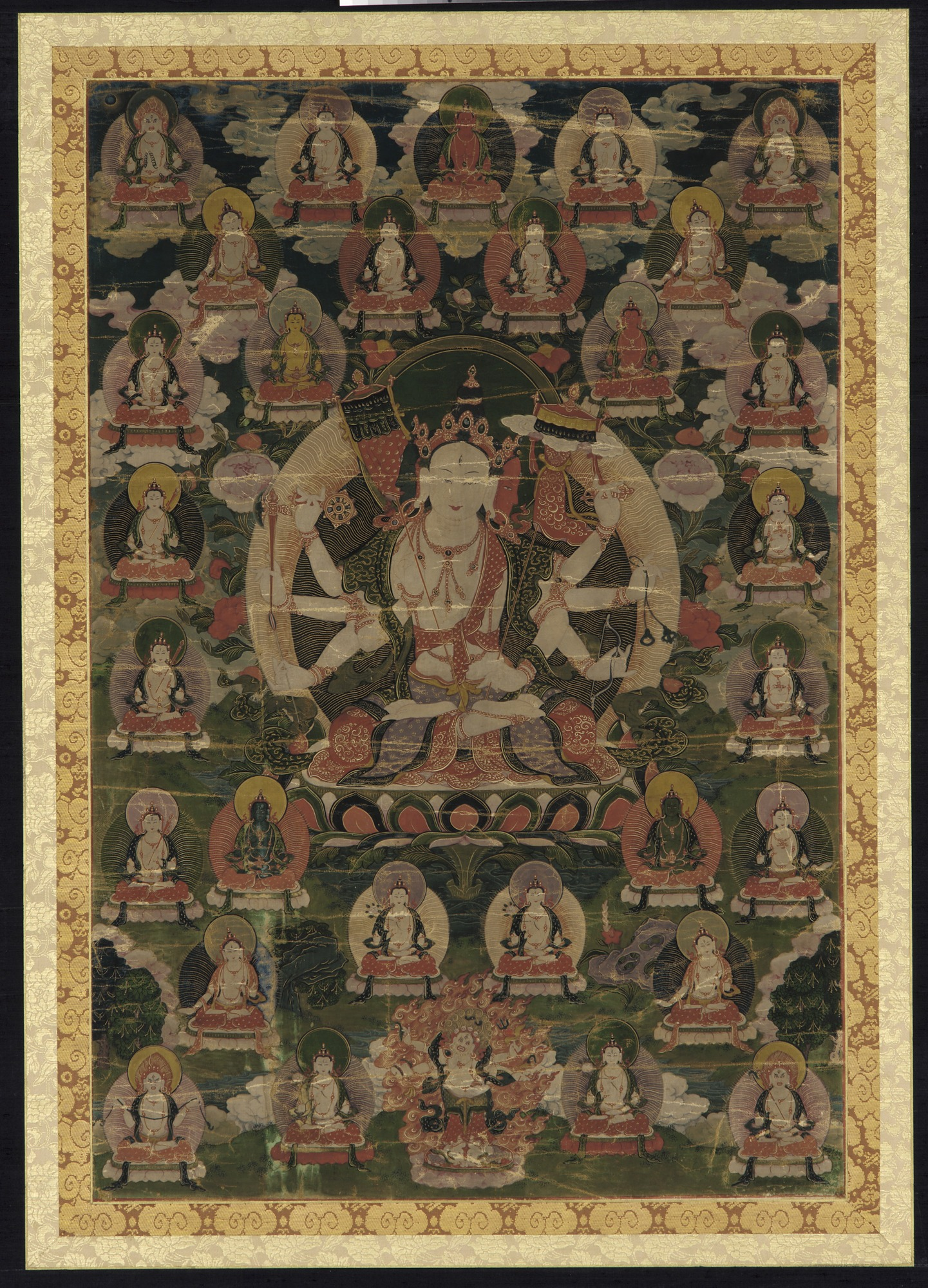 Sitatapatra (Sitatapatrosnisa ?) and thirty other divinities