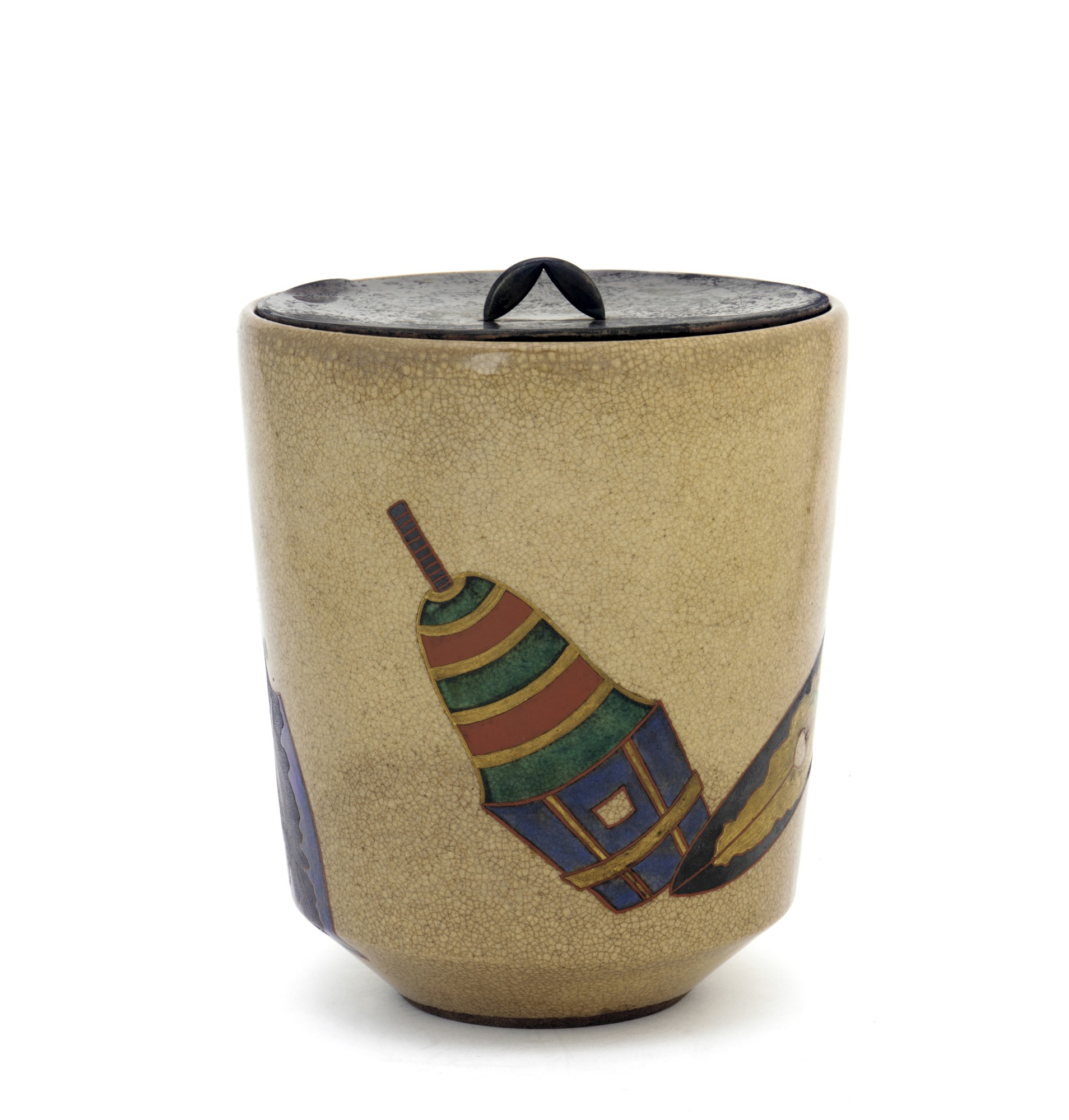 Tea ceremony water jar with design of Gion Festival halberds
