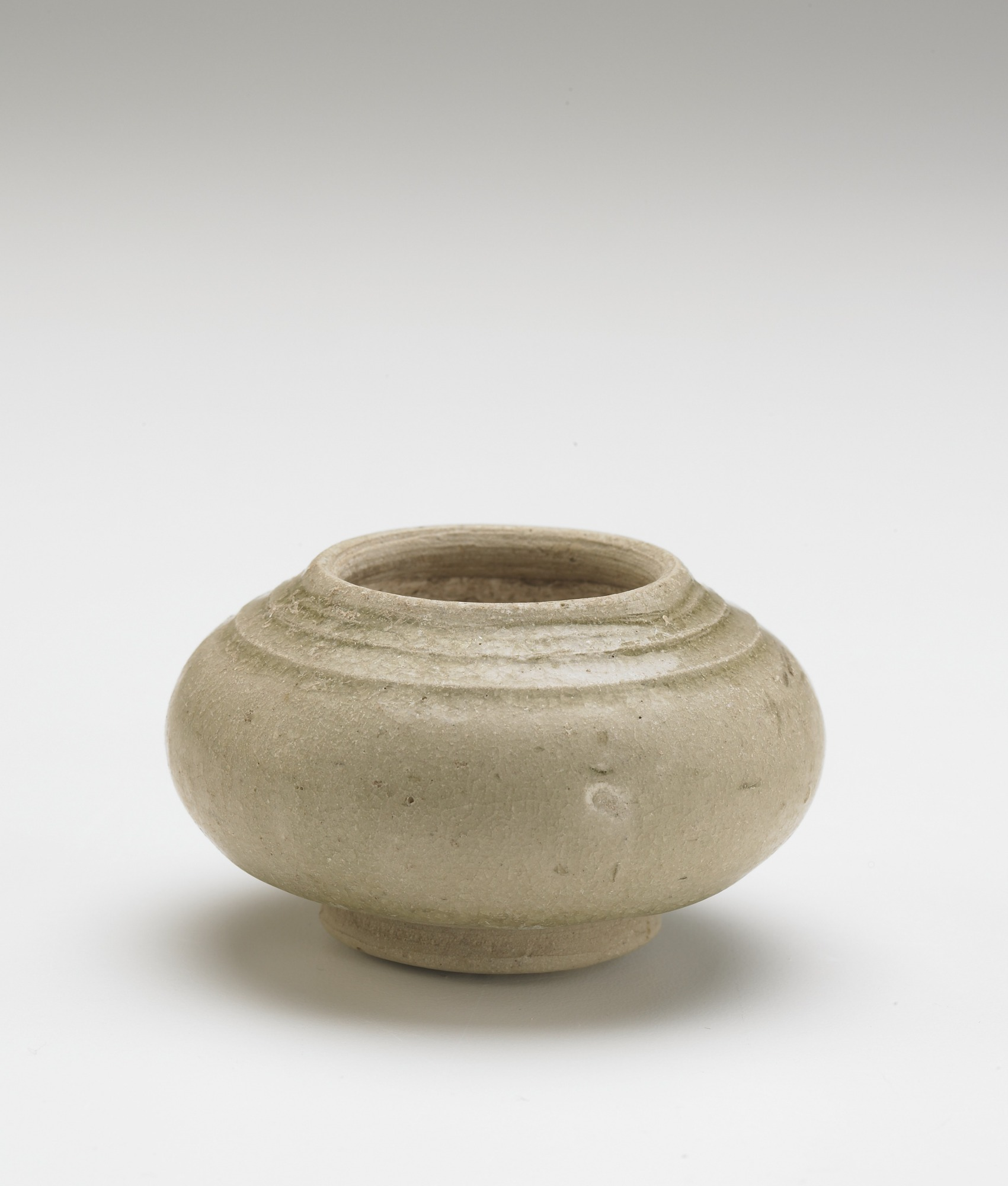 Lime-paste pot with lid