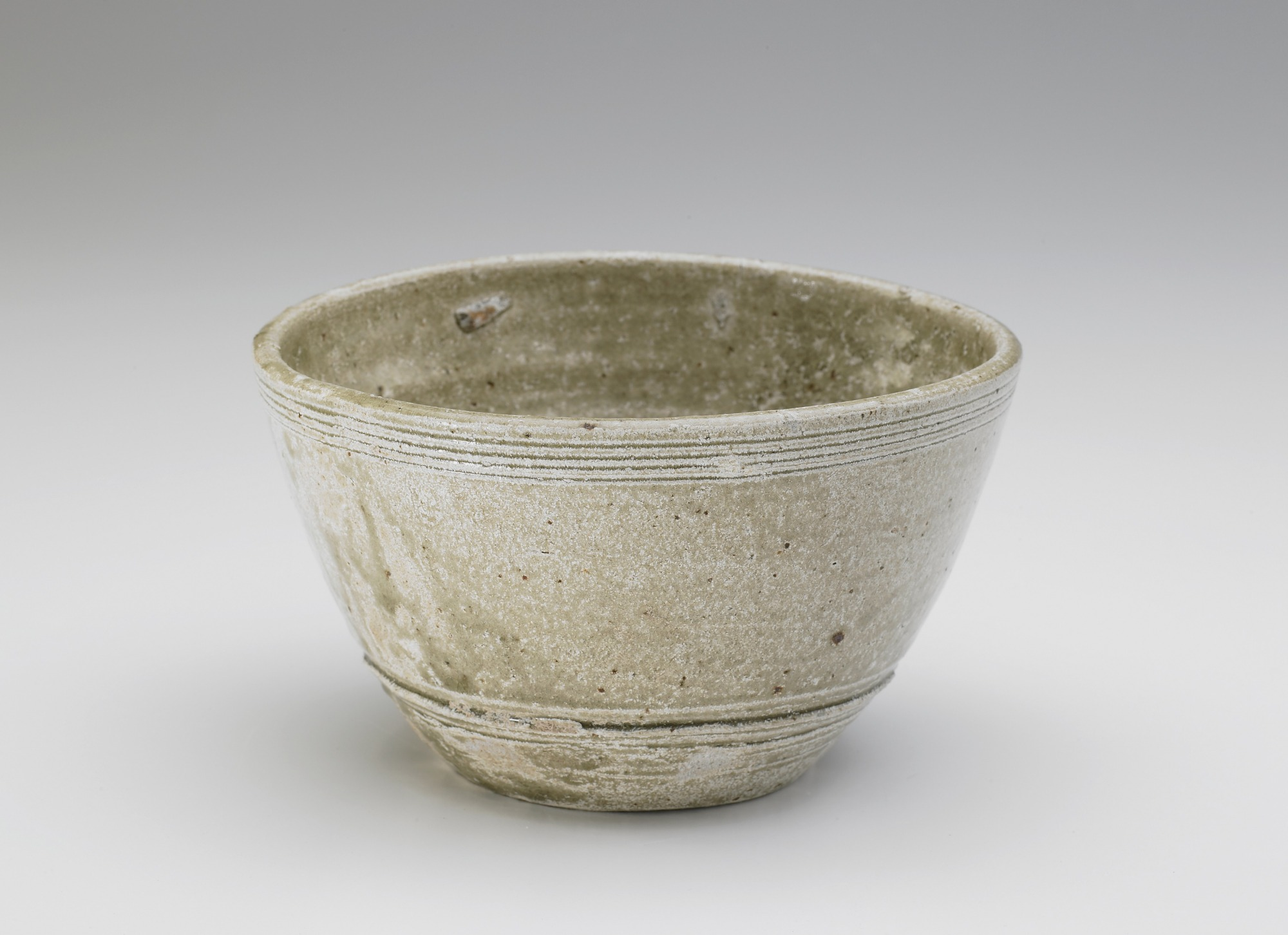 profile: Bowl