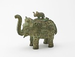 Lidded ritual ewer (huo) in the form of an elephant with masks and dragons