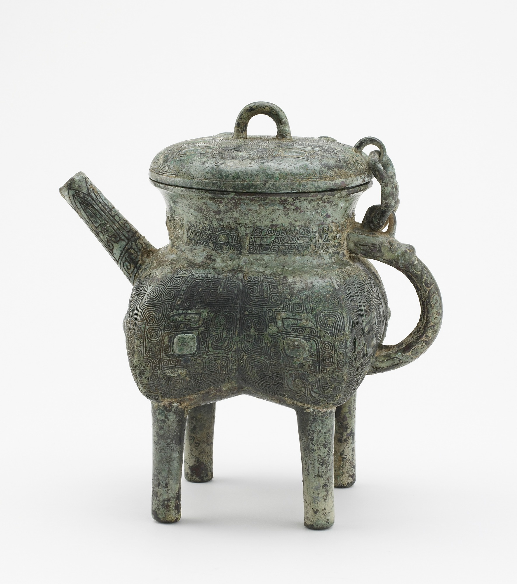 Square lidded ritual ewer (fanghe) with taotie
