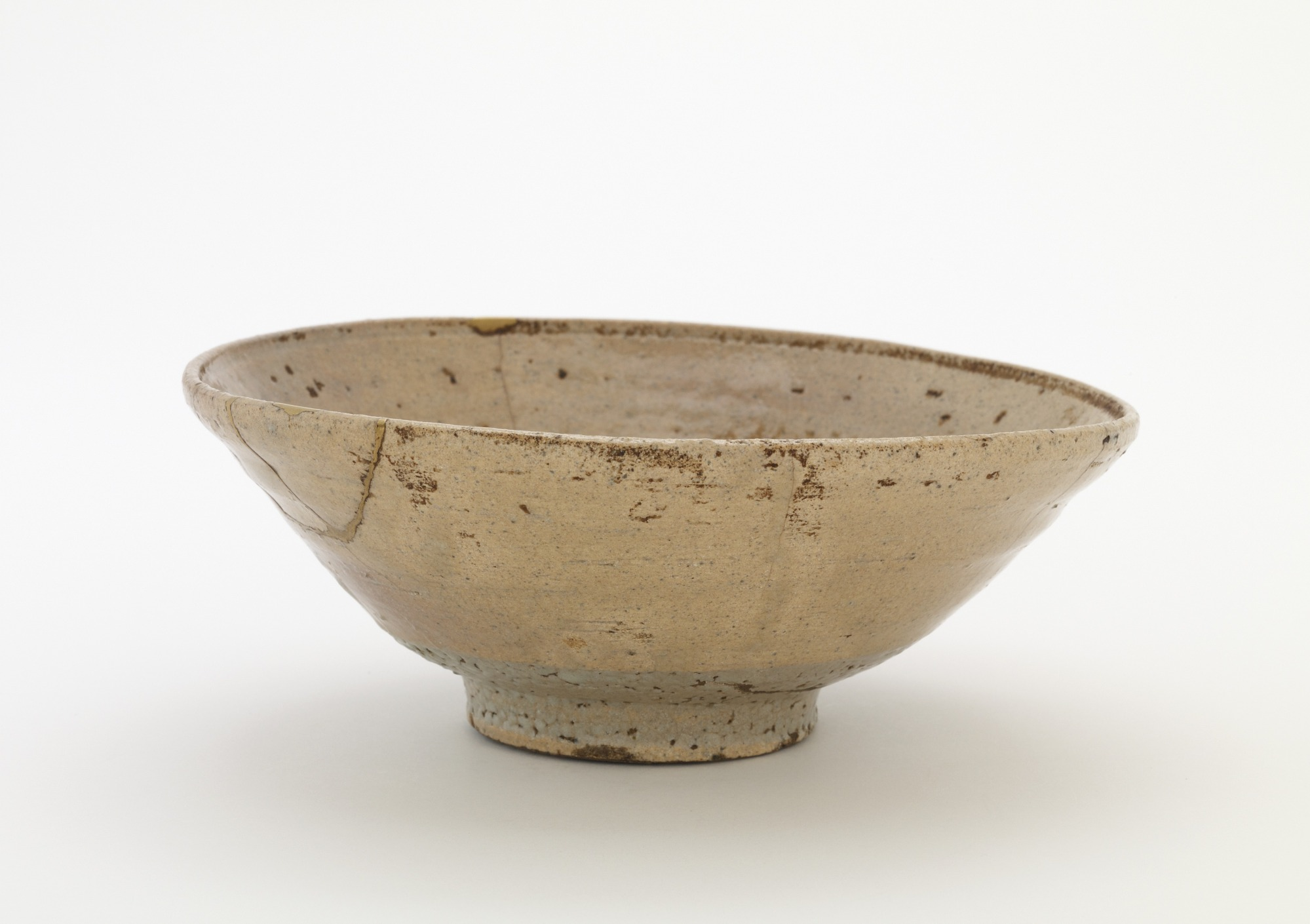 Tea bowl, Idowaki type, profile
