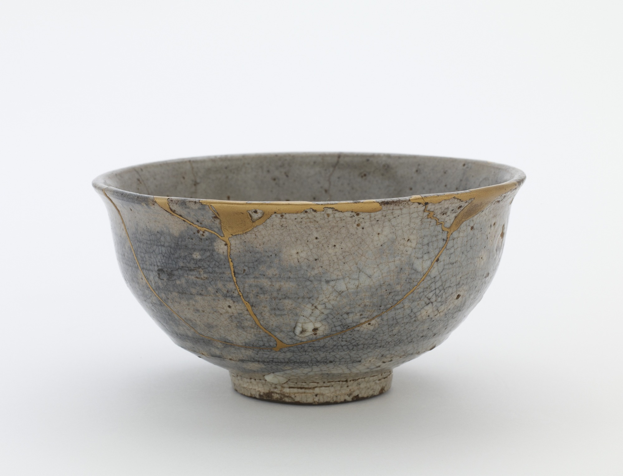 Bowl, used in Japan as a tea bowl, profile