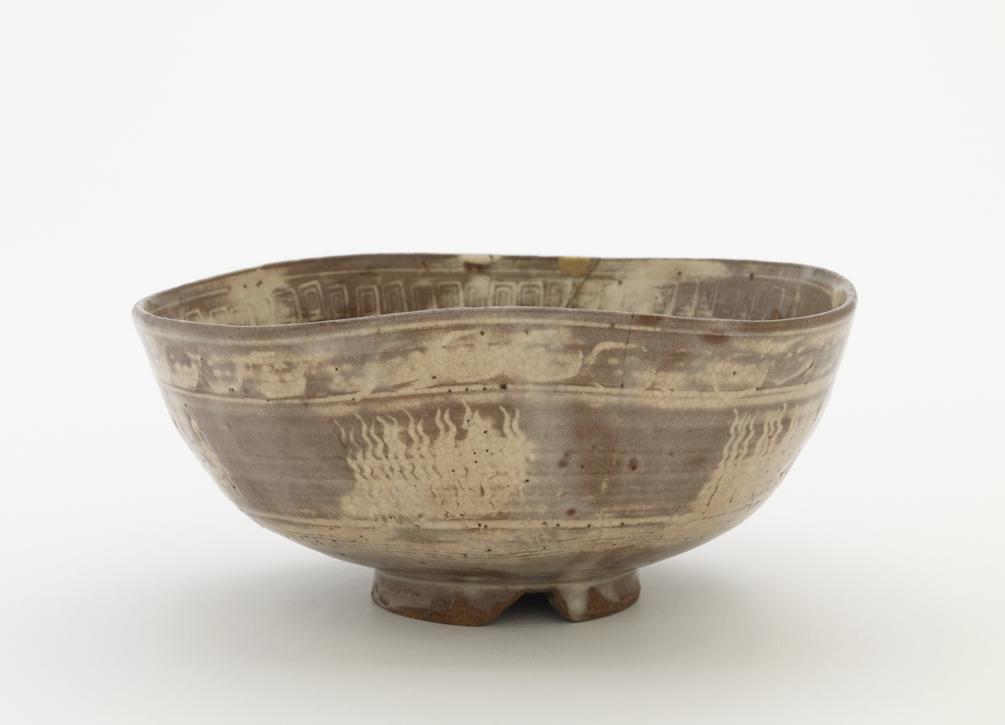 Tea bowl or serving bowl, profile