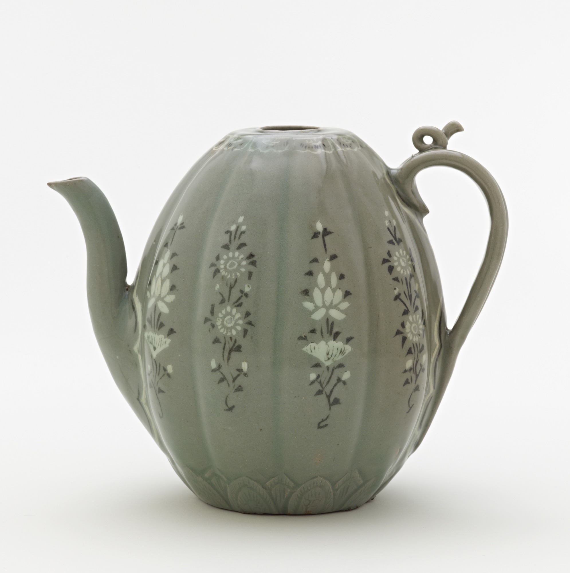 Ewer with inlaid designs of peony and chrysanthemum, profile
