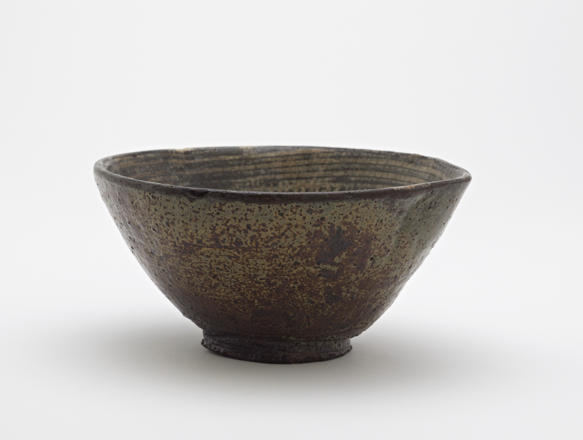 Tea bowl with slip-inlaid decoration, profile