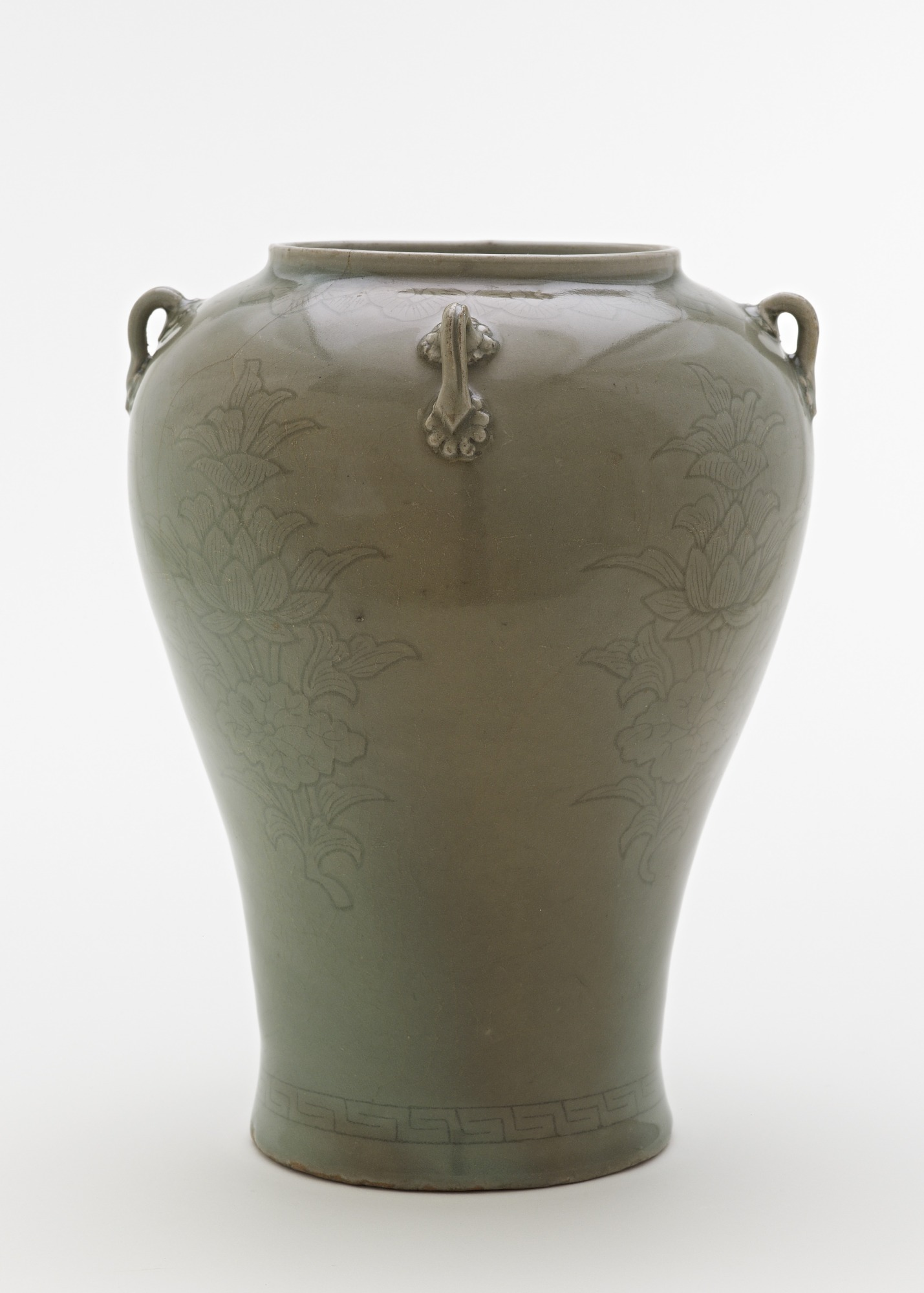 profile: Jar with incised design of lotus sprays