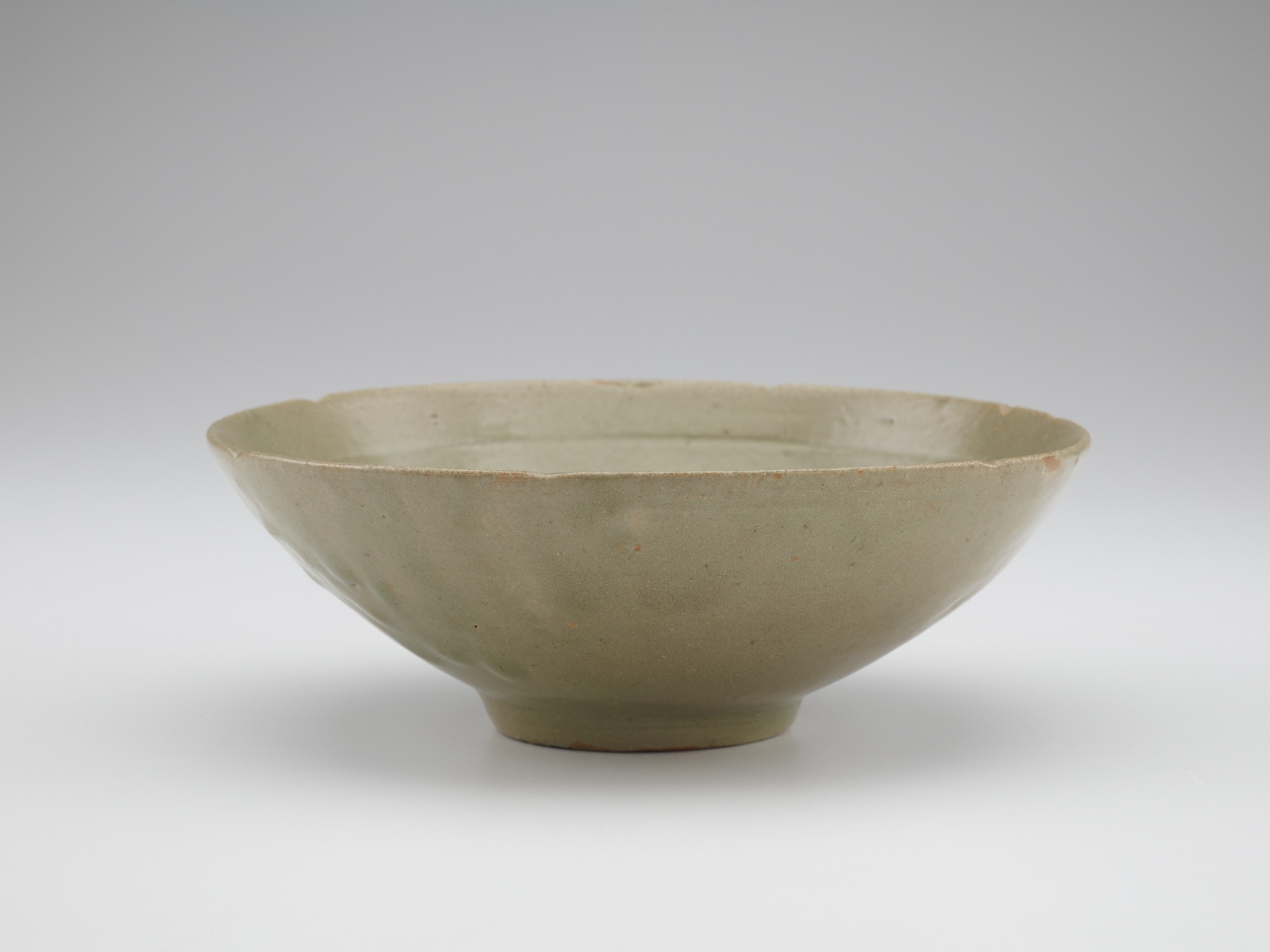 Bowl with molded floral design, profile