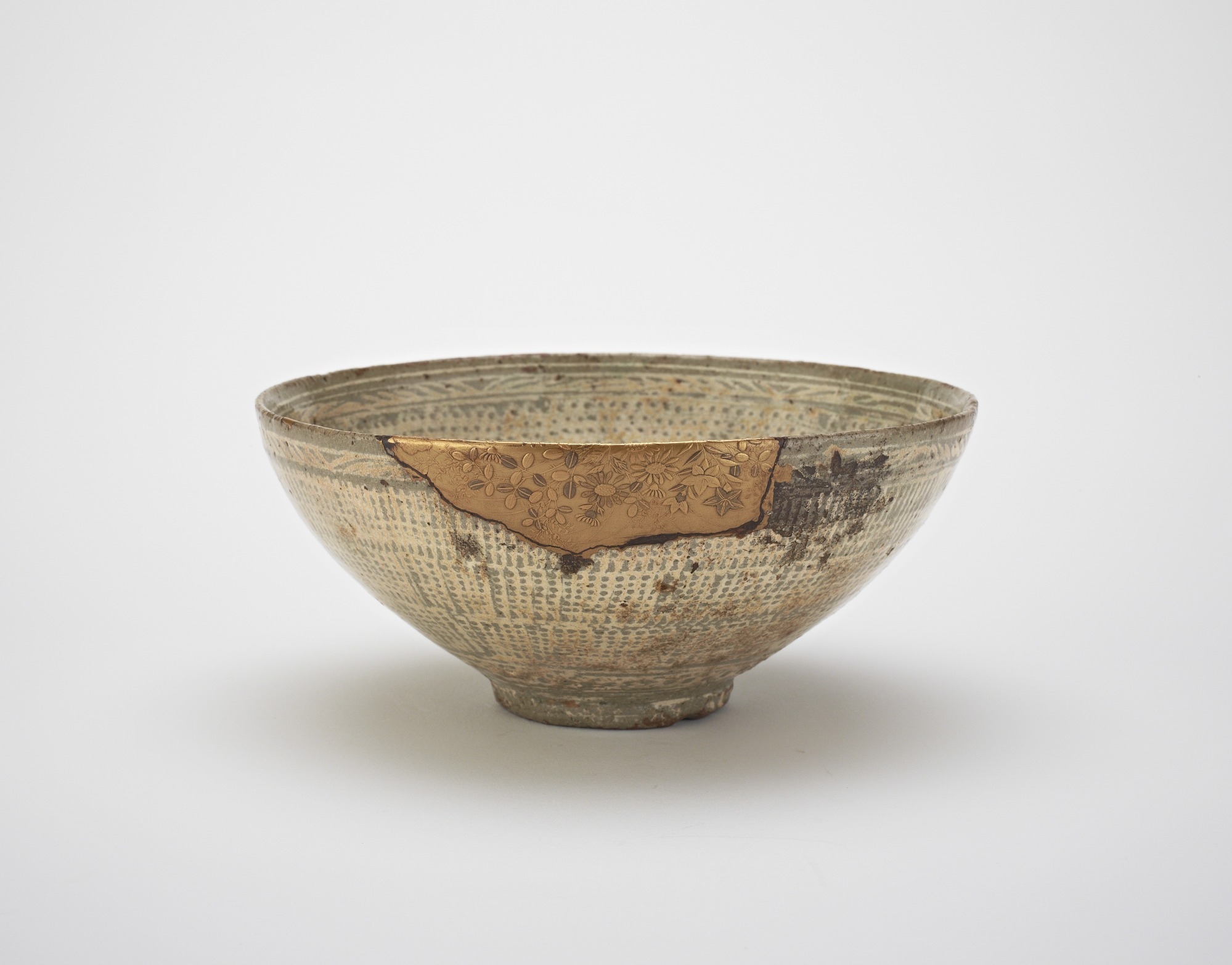 profile: Bowl, used in Japan as tea bowl