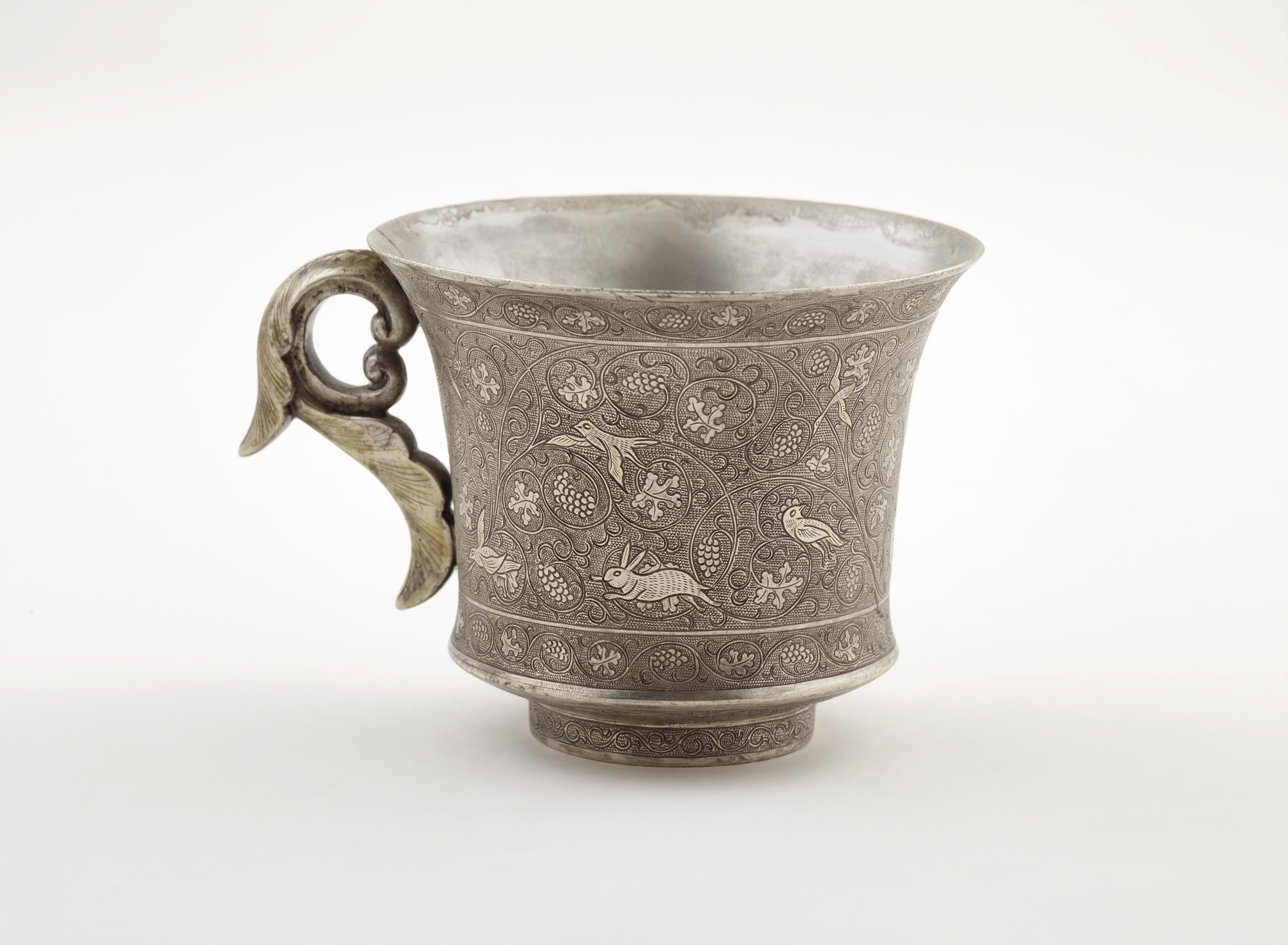 : Wine cup with ring handle, birds, animals, and grape vines