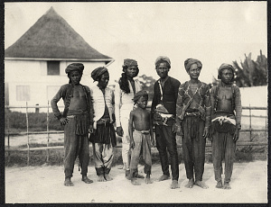 Jolo: group of Moro men