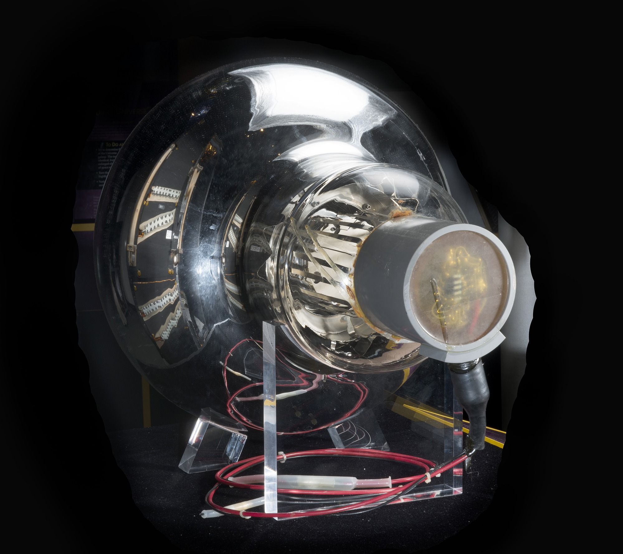 Image of : Detector, Neutrino, Photomultiplier