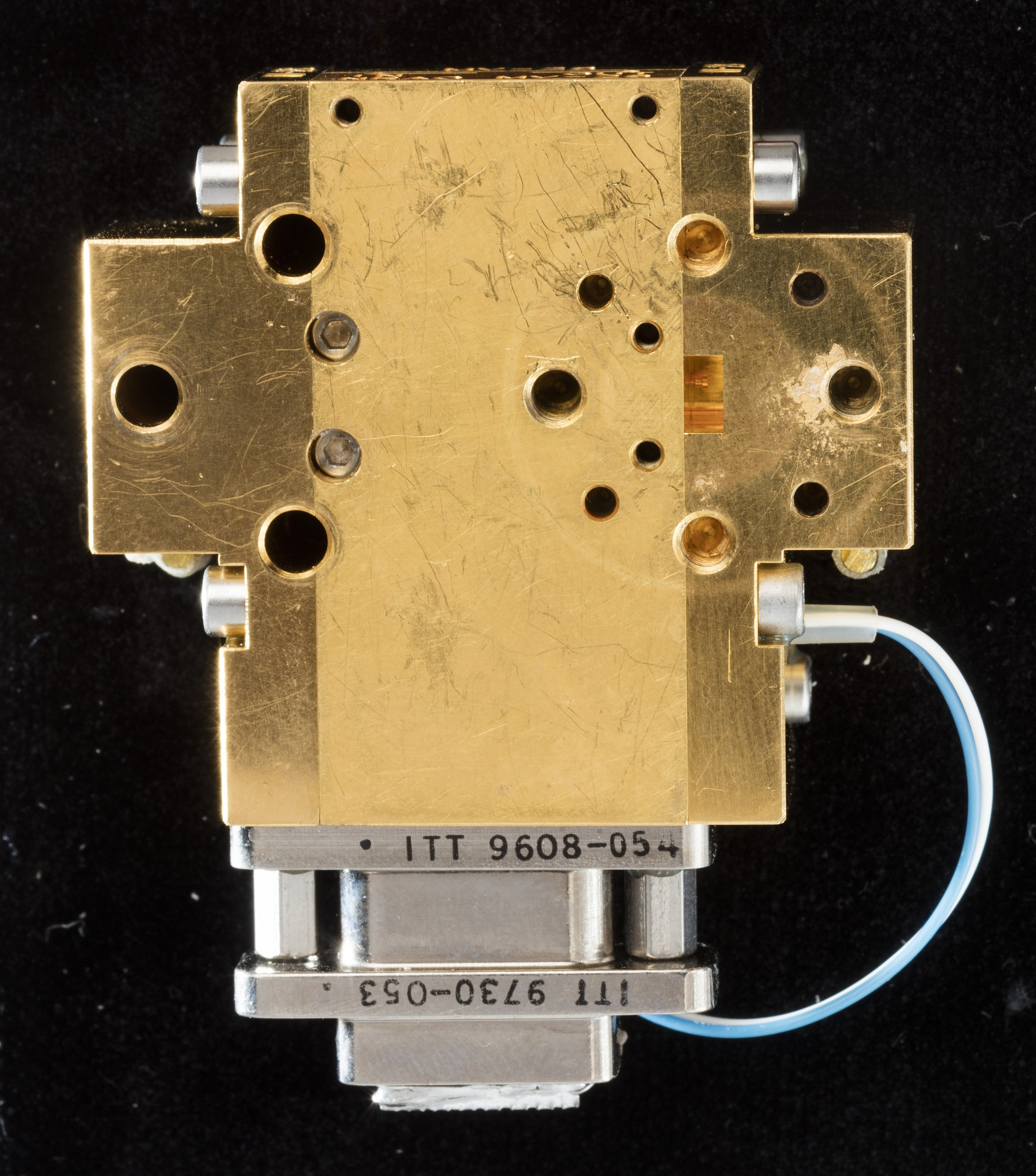 Image of : Amplifier, WMAP Cryogenic InP HEMT Low Noise Amplifier