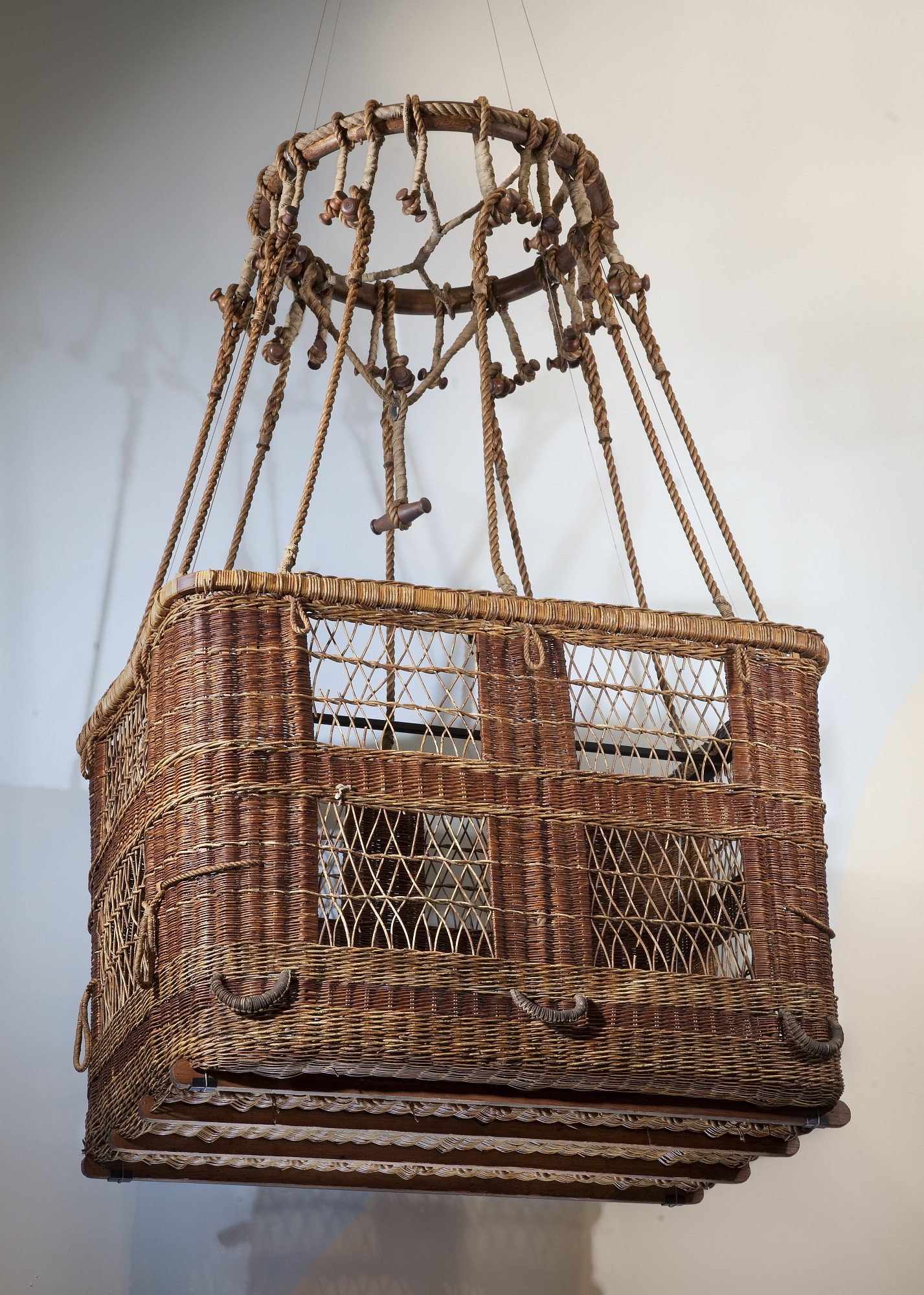 Image of : Balloon Basket, Captain H.C. Gray
