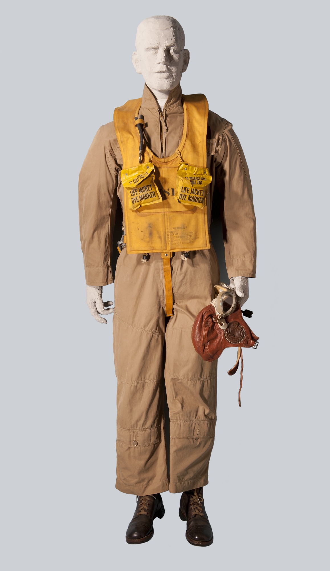 Image of : Suit, Flying, Type S, United States Navy
