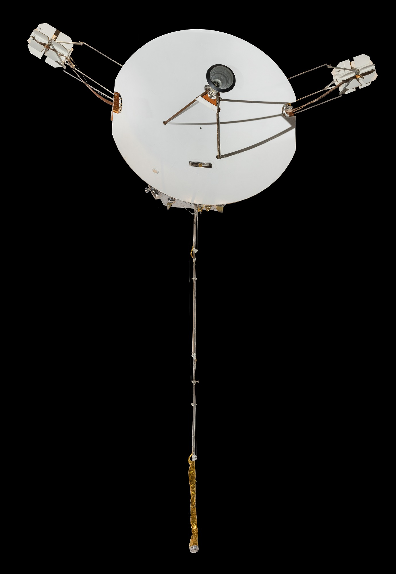 Image of : Pioneer 10 / 11, reconstructed full-scale mock-up