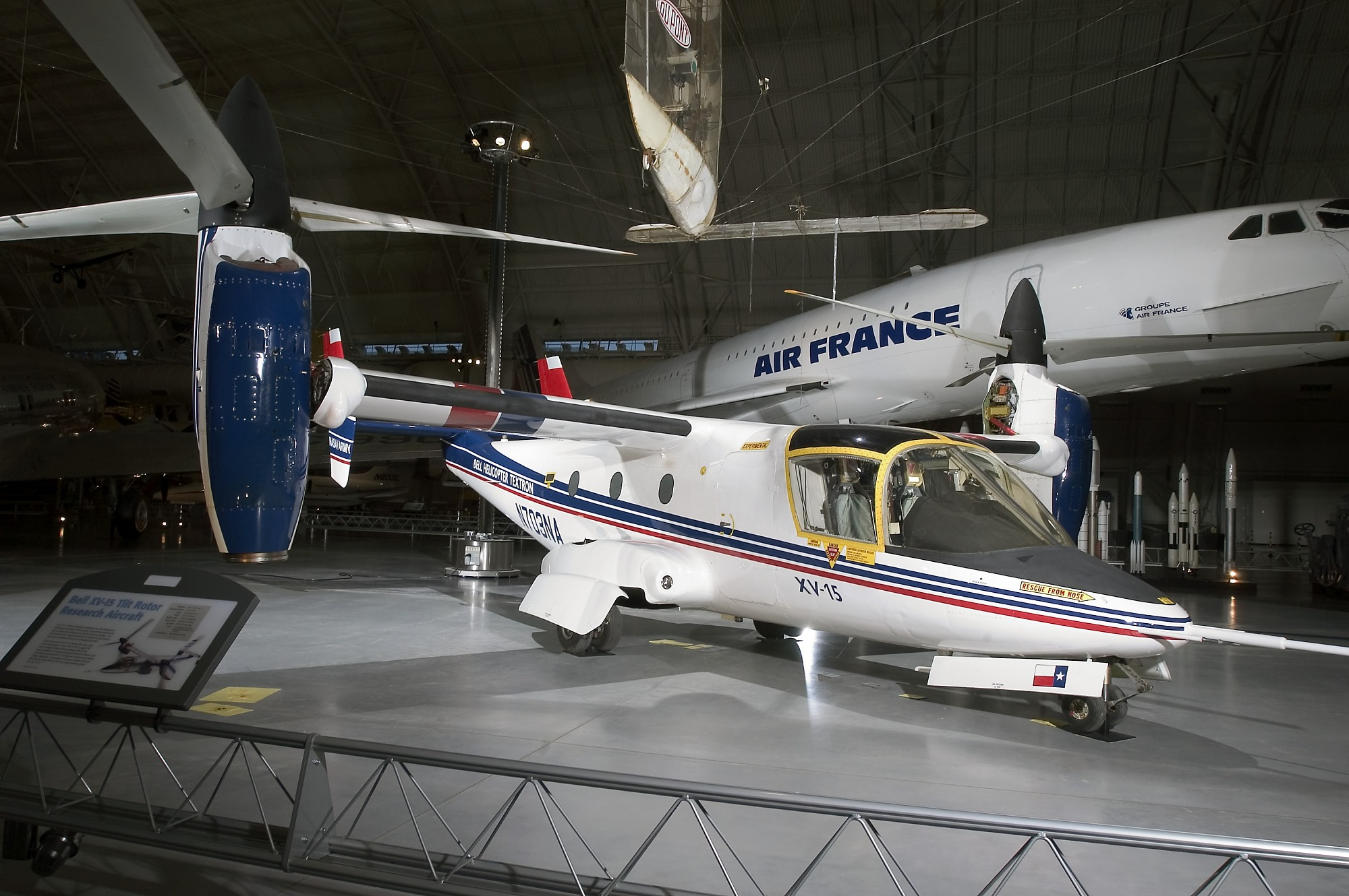 Image of : Bell XV-15 TRRA (Tilt Rotor Research Aircraft), Ship 2