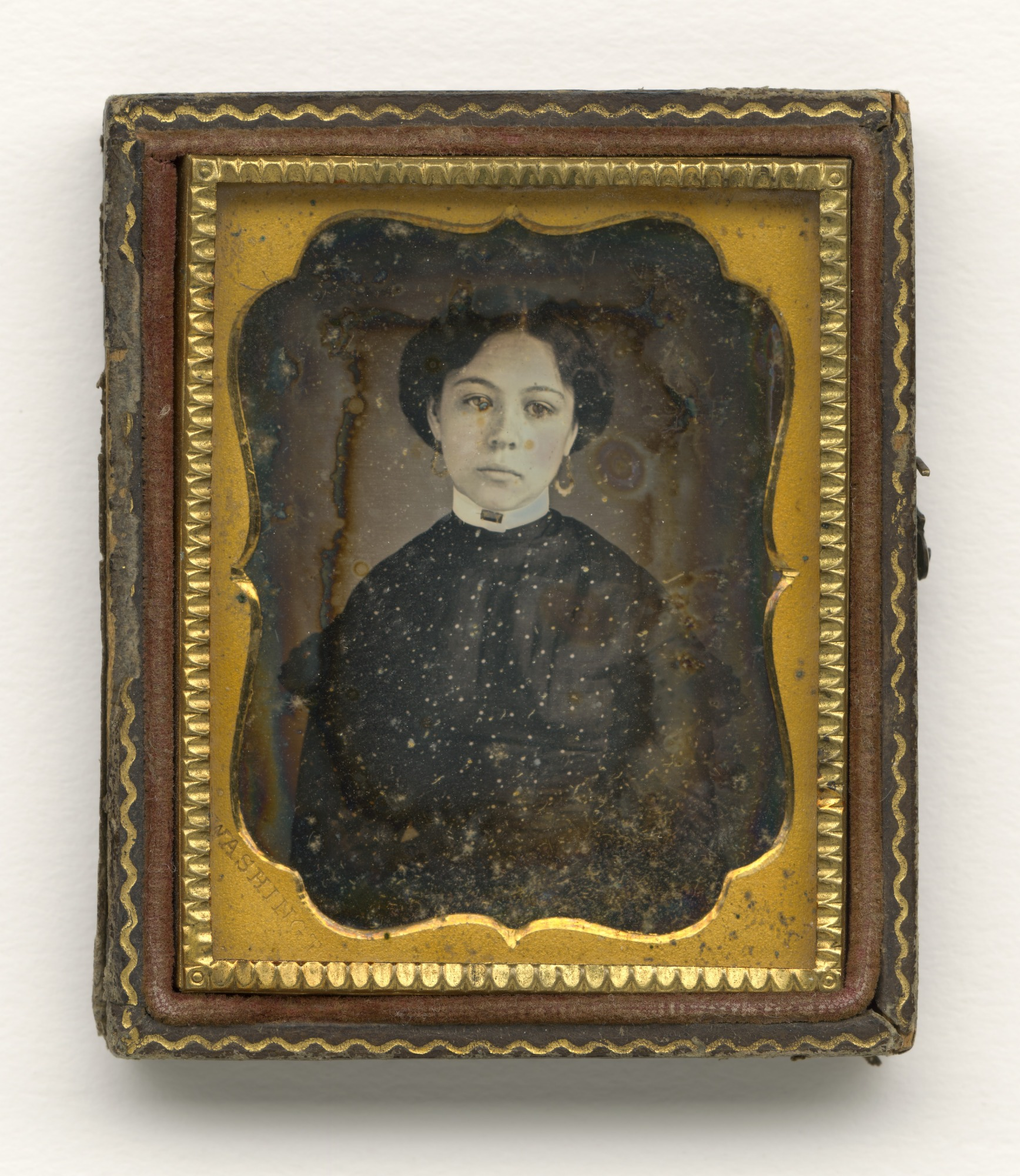 Daguerreotype of a young woman