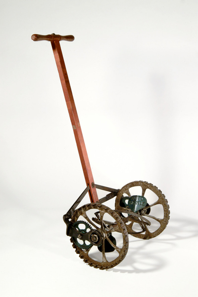 Allcut Push Lawn Mower | National Museum of American History