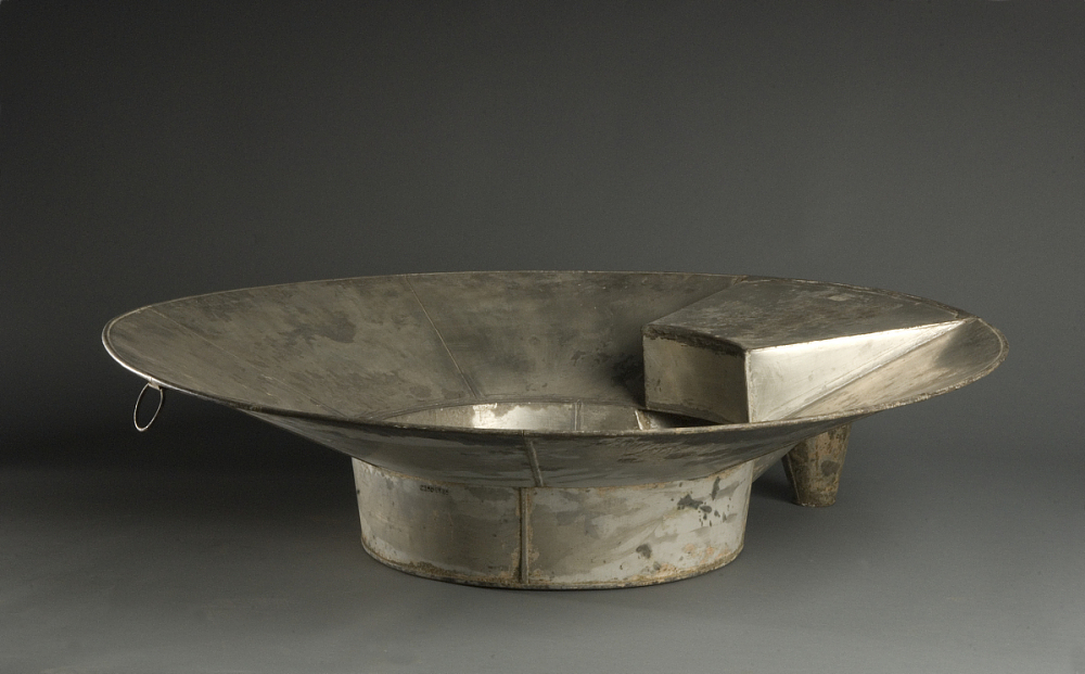 1860 - 1900 Hat Bathtub | National Museum of American History