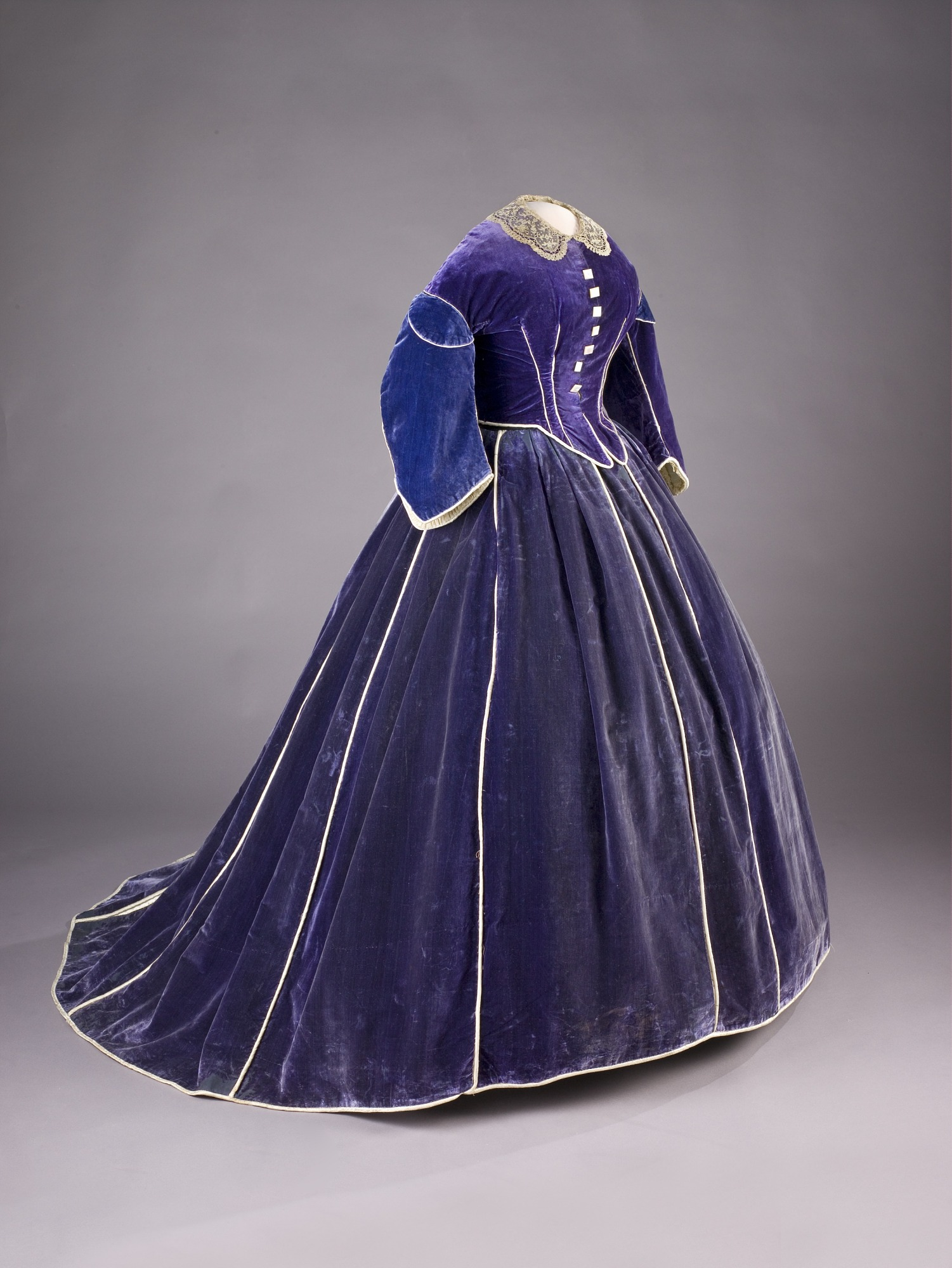 Mary Lincoln S Dress