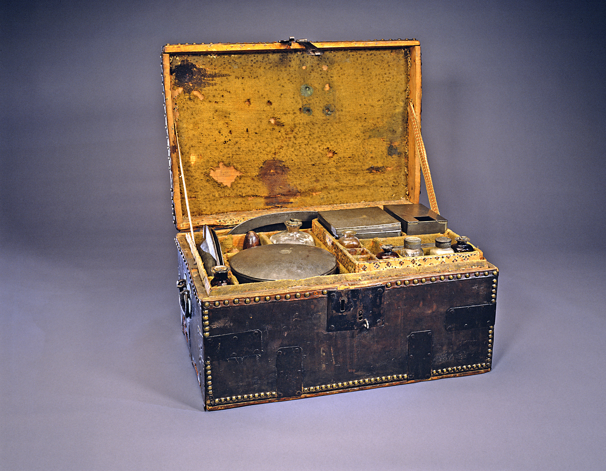 You asked we answered what did soldiers eat during the george washingtons well appointed personal camp chest or mess kit enabled forumfinder Images