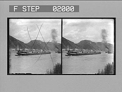 Steamboats on Rhine River: stereo photonegative