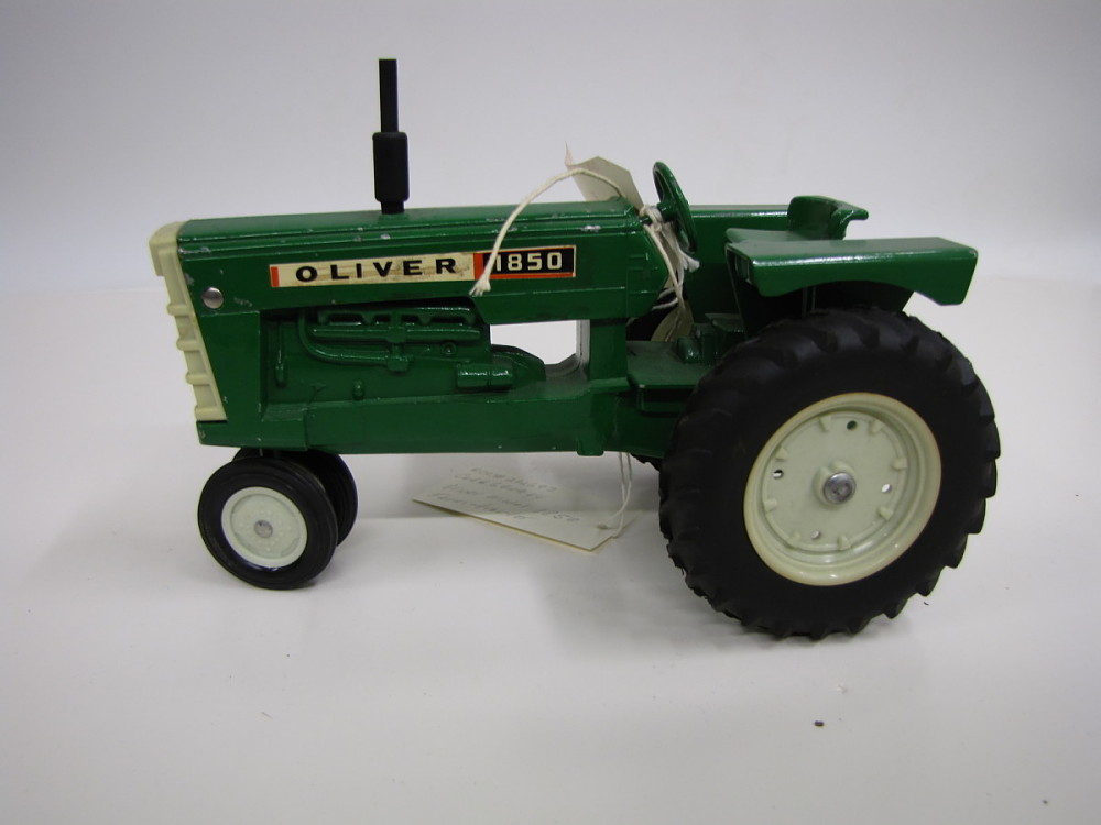 Oliver 1850 Tractor Model | National Museum of American History