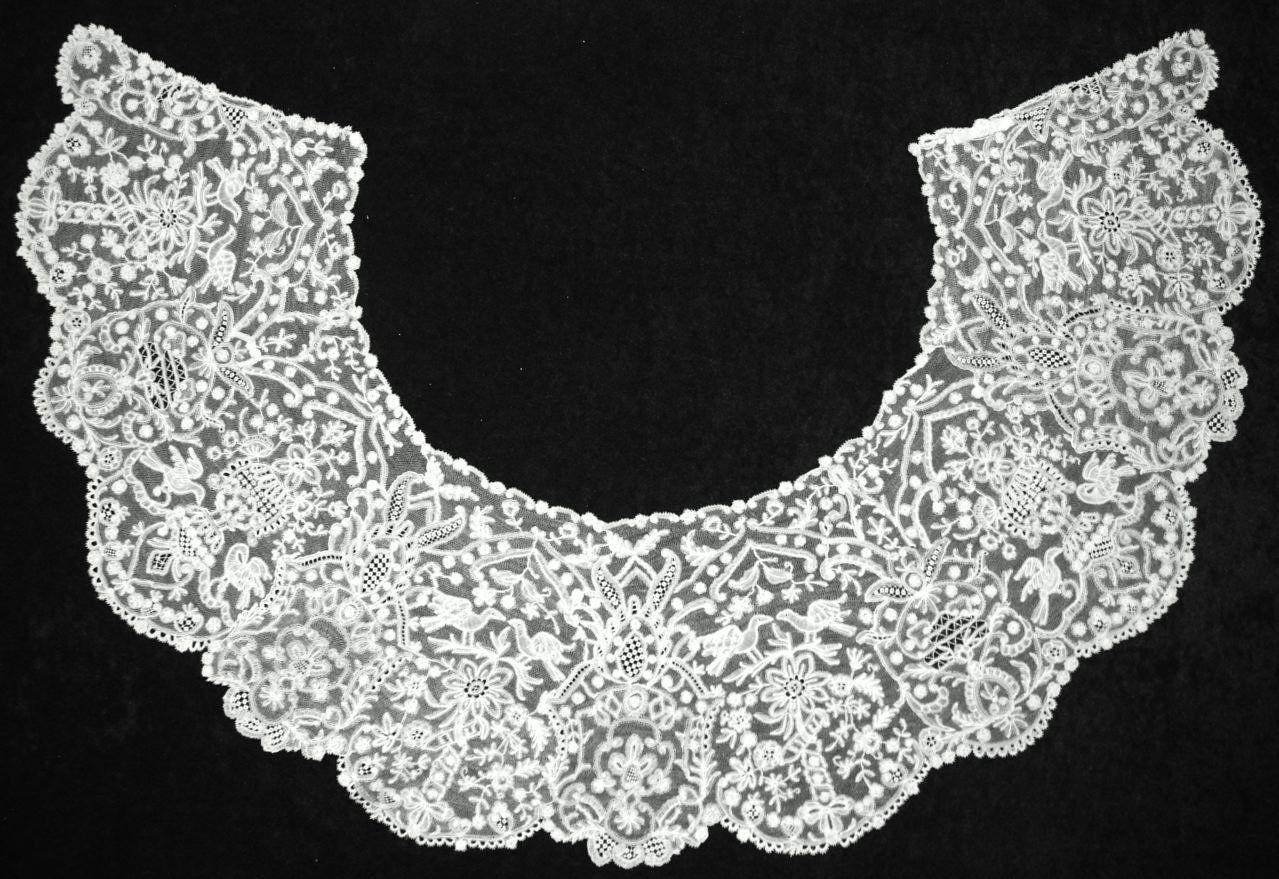 Collar with Peace Doves