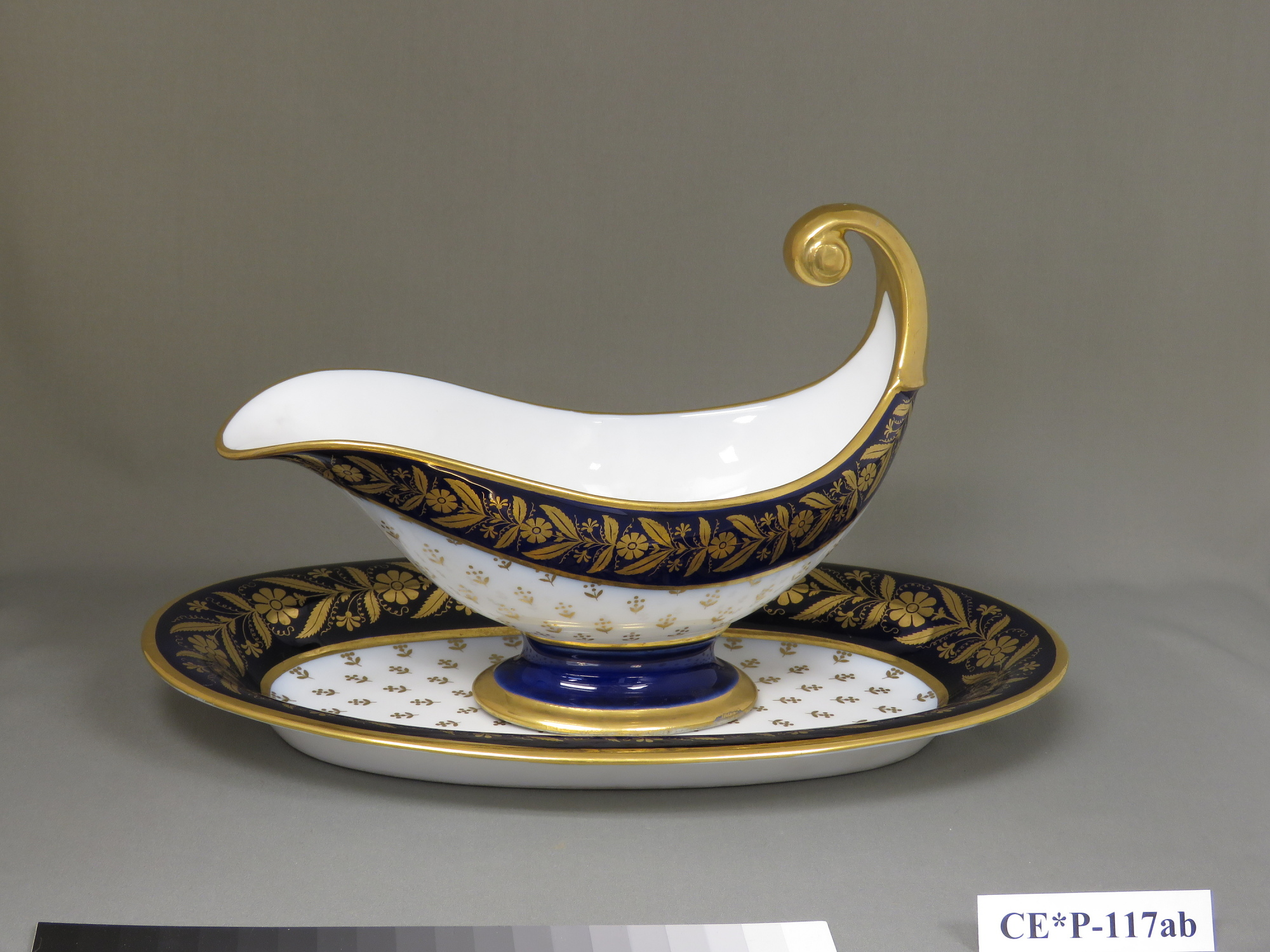 Sèvres porcelain sauceboat and stand