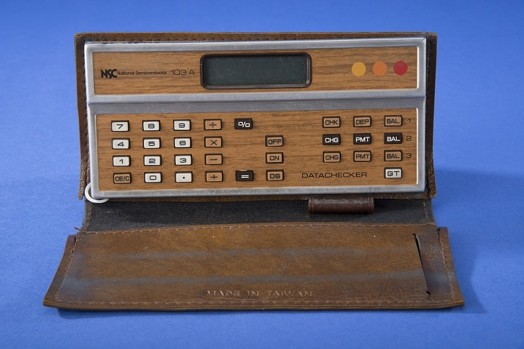 National Semiconductor 103A Handheld Electronic Calculator