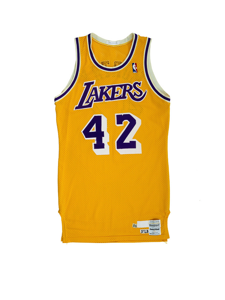 best service 6c0c3 61014 Los Angeles Lakers jersey worn by James Worthy | National ...