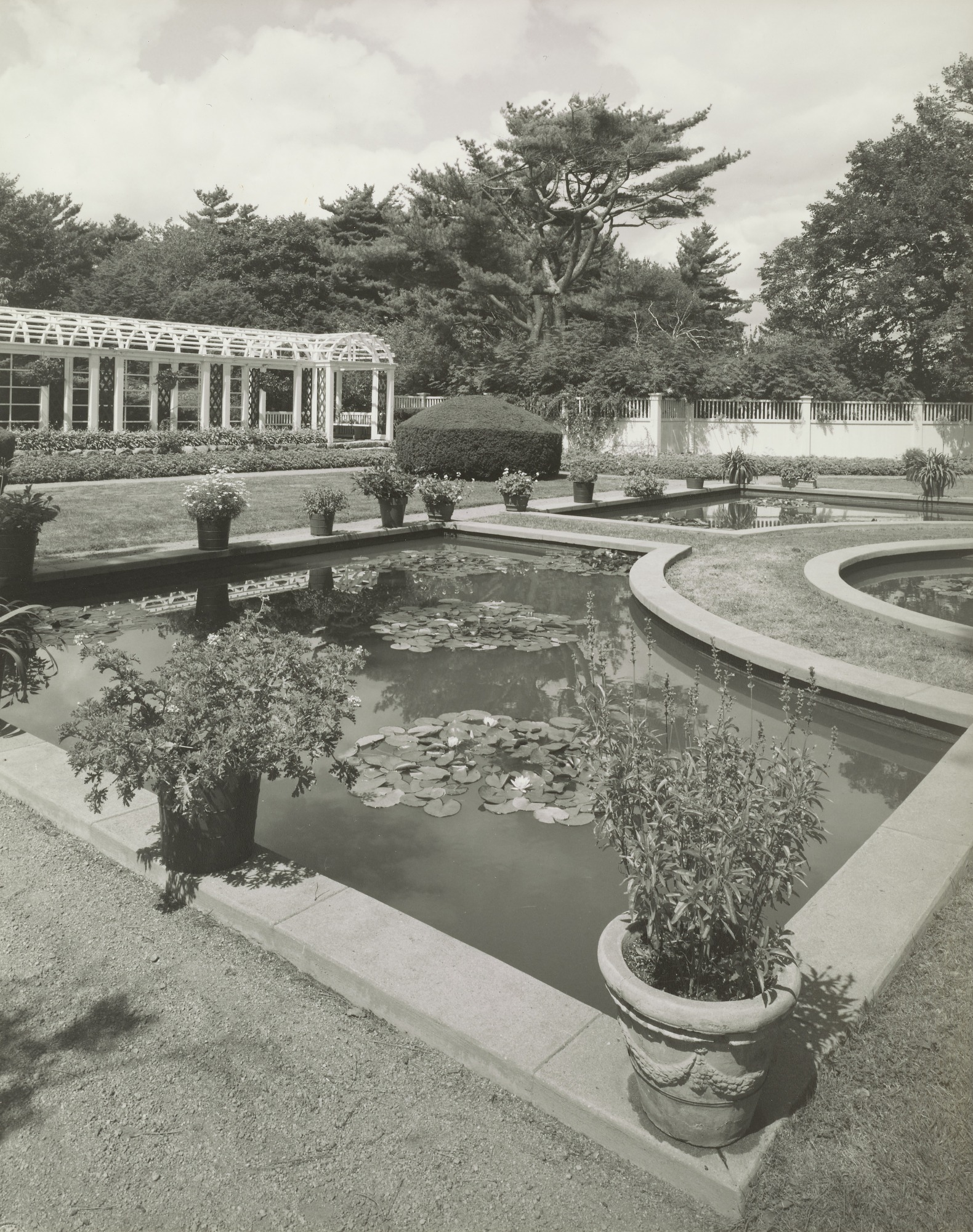 Italianate garden and pool at The Chimneys, Manchester, Massachusetts, 1920s