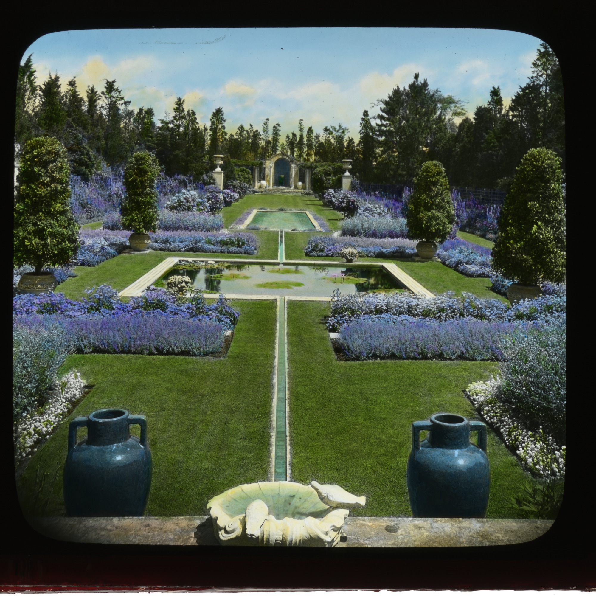 The ultimate Gilded Age garden, the Blue Garden stretched the length of ten city blocks.
