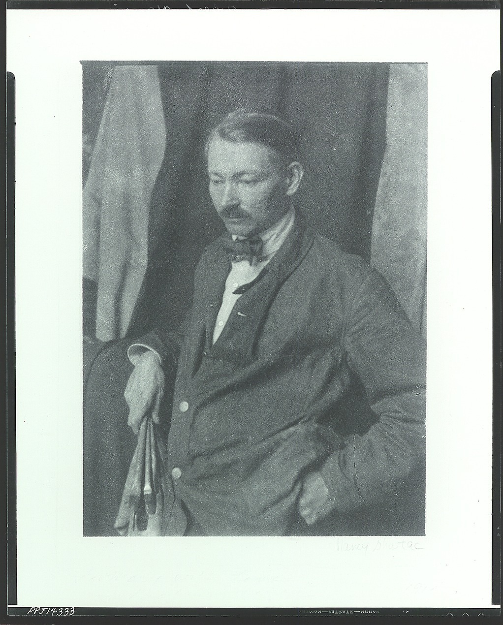 Robert Henri [photograph] / (photographed by Peter A. Juley & Son)