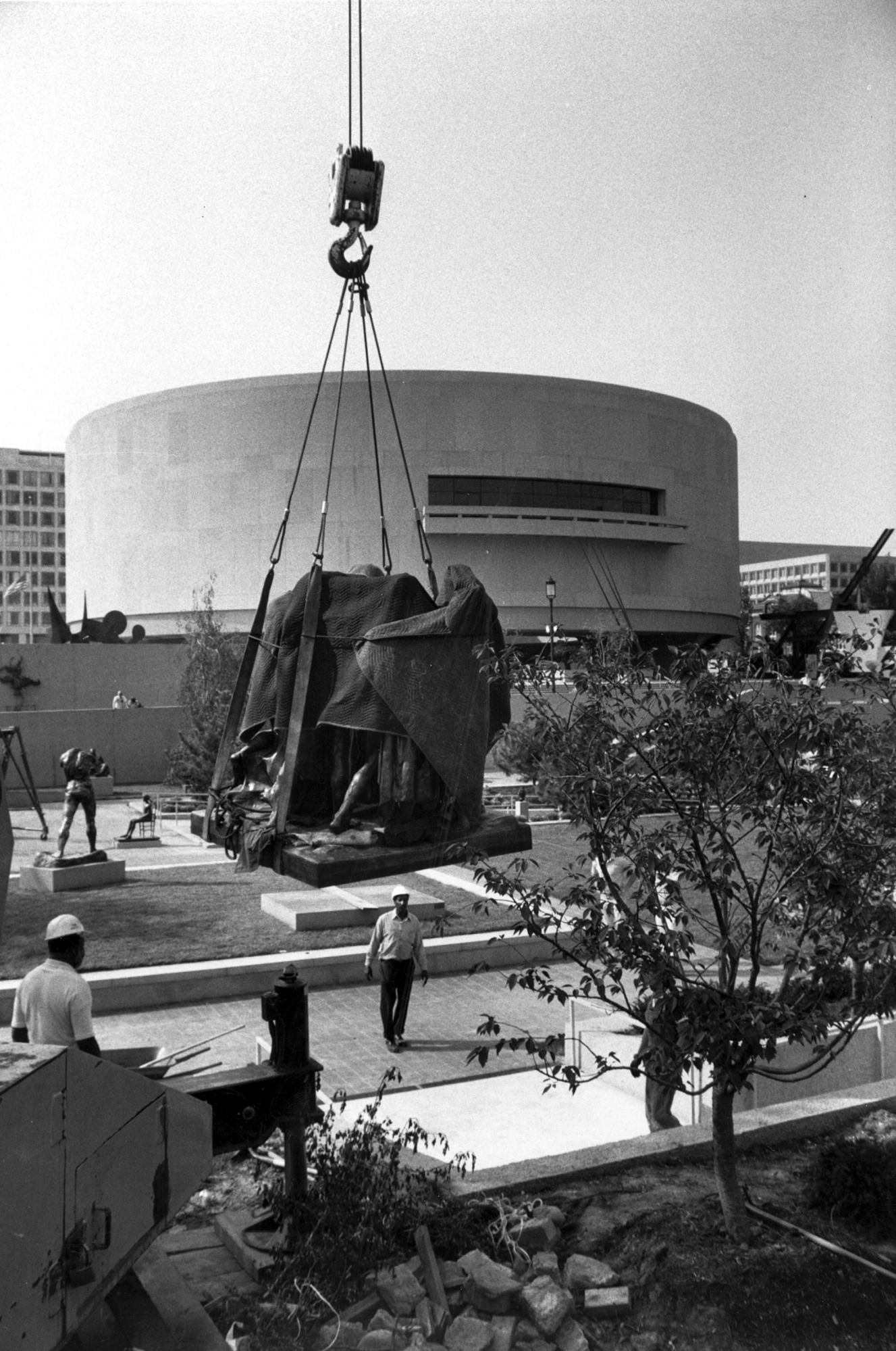 HMSG sculpture airlifted back to garden