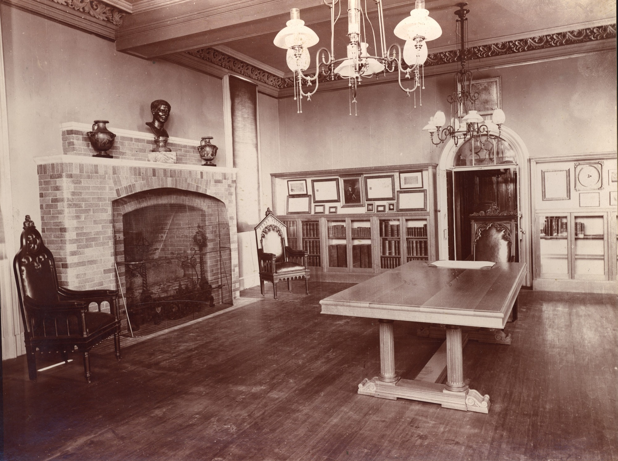Regents' Room, Smithsonian Institution Building, with Smithson exhibit