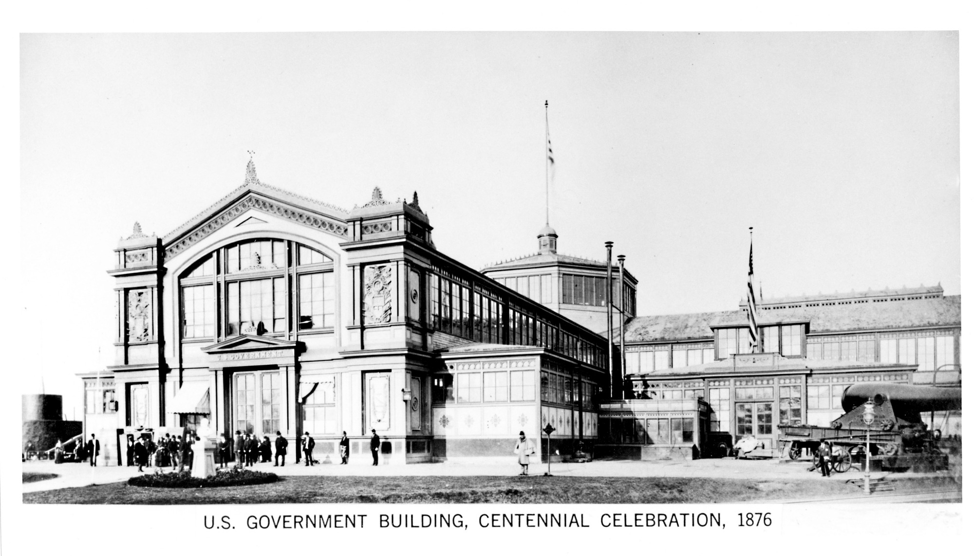 Image of the Government Building at the Centennial Exhibition in Philadelphia, 1876. Smithsonian Institution Archives, negative number 2004-10361.