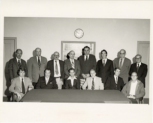 Image of Group Portrait of Engineering Performance Standards Class Participants