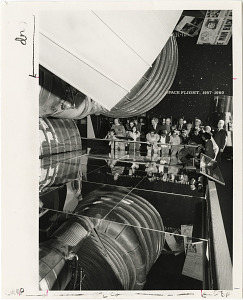 Image of Visitors in the Apollo to the Moon Gallery at National Air and Space Museum