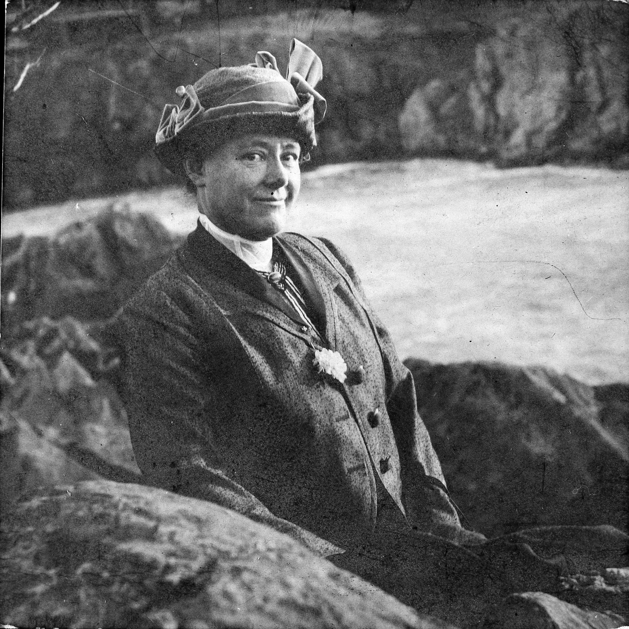 Mary Vaux Walcott, by Unknown, 1914, Smithsonian Archives - History Div, 85-11419.