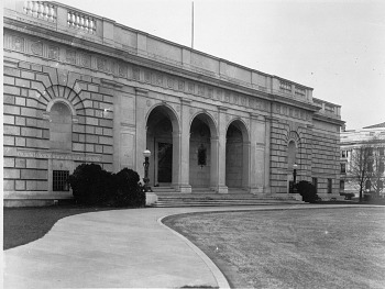 Preview of Freer Gallery of Art Entrance