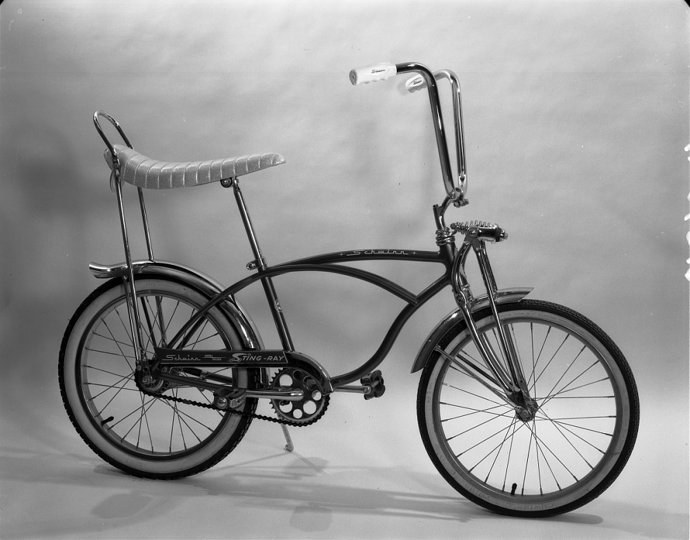 d12affea3be 1965 Super Deluxe Sting-Ray Schwinn Bicycle | National Museum of ...