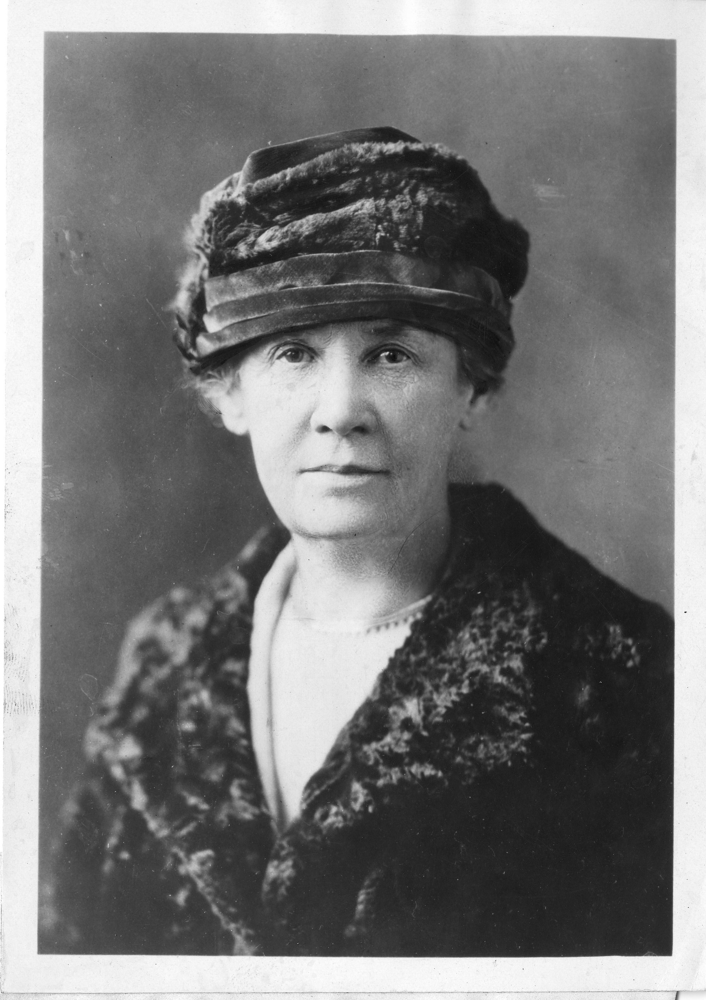 Alice Brown (1856-1948), Smithsonian Institution Archives, SIA Acc. 90-105 [SIA2008-0329].