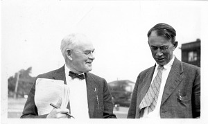 Image of James Edward Peabody (1869-1954) (left) and Arthur Ellsworth Hunt (1864-1933) (right)