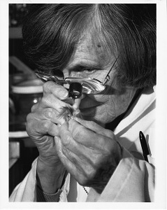Image of Feather Expert Roxie Laybourne