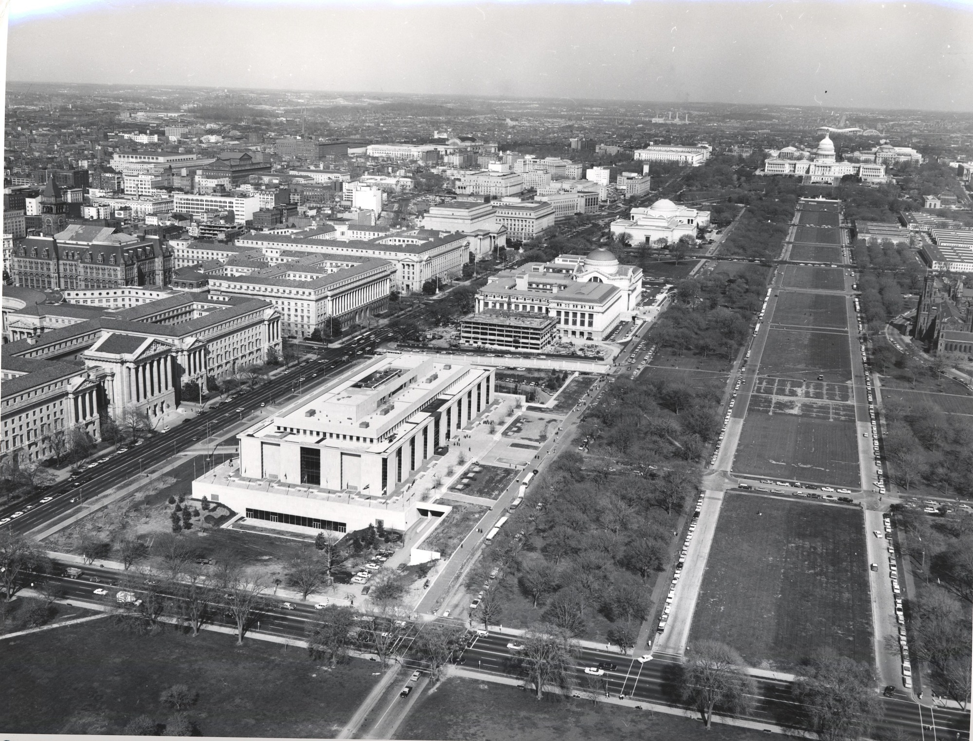Newly Completed Museum of History and Technology, by Unknown, 1964, Smithsonian Archives - History Div, SIA2010-2181 or P6499-A or MAH-P6499A.