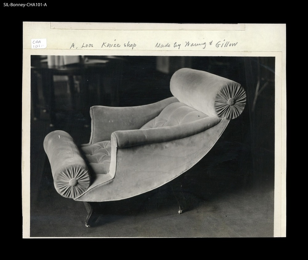 Chaise Longue France 1925 30 Upholstered In Velvet Manufactured By Waring And Gillow